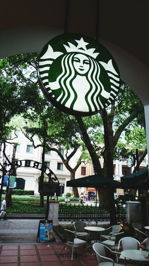 A small island which named shamian in guangzhou,China.This island has more old building,but they are very beautiful. Starbucks Coffee Starbuck Guangzhou Shamian Beautiful Building  Travelling Holiday