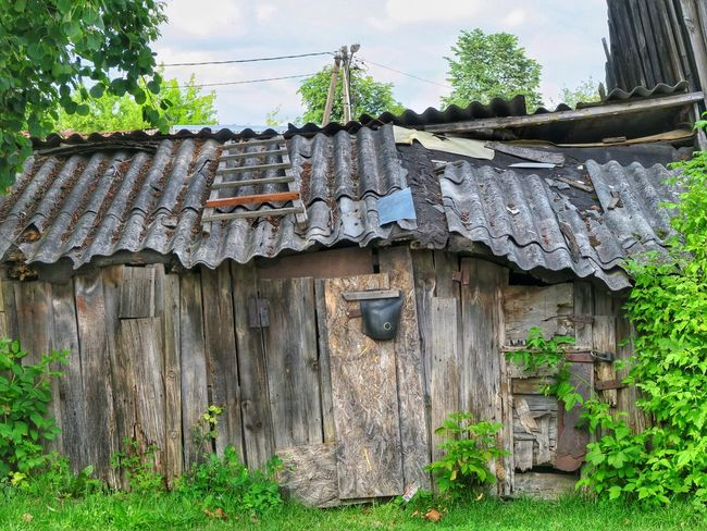 Built Structure Architecture Building Exterior Wood - Material No People Outdoors Abandoned Roof Buildings Lithuania Vilnius Barn Shed Vilnius City Capital City Damaged Vilnius, Lithuania City Old Street
