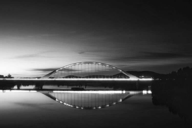 Reflection Night Water Travel Destinations No People Sky Outdoors City Cityscape Architecture Escena Tranquila Bnw_planet Built Structure Arquitecture_bw Black And White Photography Black & White Blancoynegro Bnw Photography Blackandwhite Bridge Bridge View EyeEmNewHere The Architect - 2017 EyeEm Awards