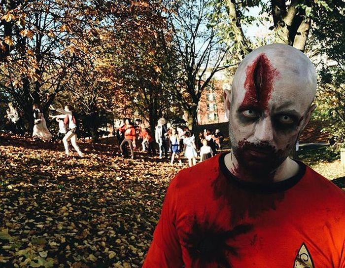 Bristol zombie walk Bristolzombiewalk Bzw2015 Zombie Halloween Fancydress Startrek RedShirt