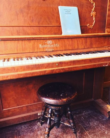 Old Piano Piano Moments Piano Interior Design Moment In Time Danville Quebec Canada