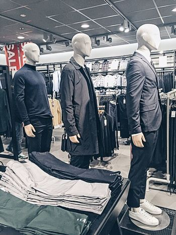 I know it looks like a normal H&M store but fashion means a lot to me ! Fashion Photography Fashion H&M Dolls Clothes Threemusketeers