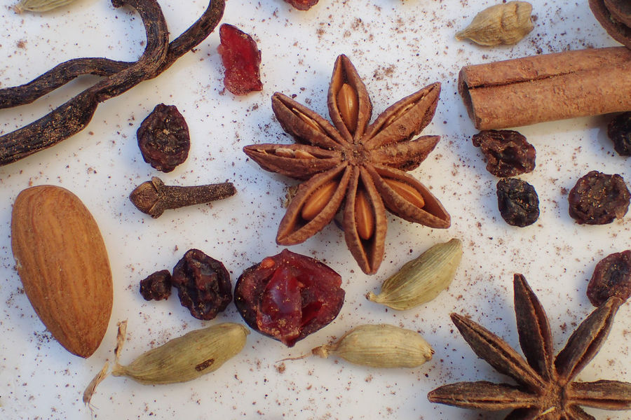 Winter Star Anise No People Clove Spice Cinnamon Food Close-up Vanilla Cloves Backgrounds Cardamom Anise Ingredient Christmas Time Cranberry Currants