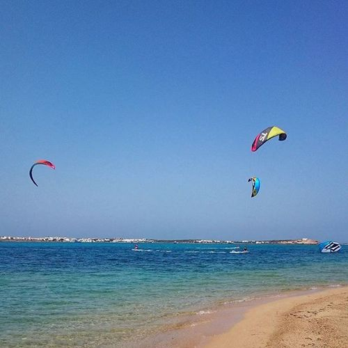 SEA. SAND. WIND. FREEDOM. POUNDA BEACH, PAROS. 10.50 am Pounda Poundabeach Poundaparos Paros Isoladiparos Paro Sea_pics Sea_sky_nature Wind Sand Seaside Cyclades_islands Cyclades Ilovegreece Greeklovers Greeklovers Instapic Instagood Instagreek Kitesurf Kite Enjoying Summer Cicladi Bicicladi ilovesummer