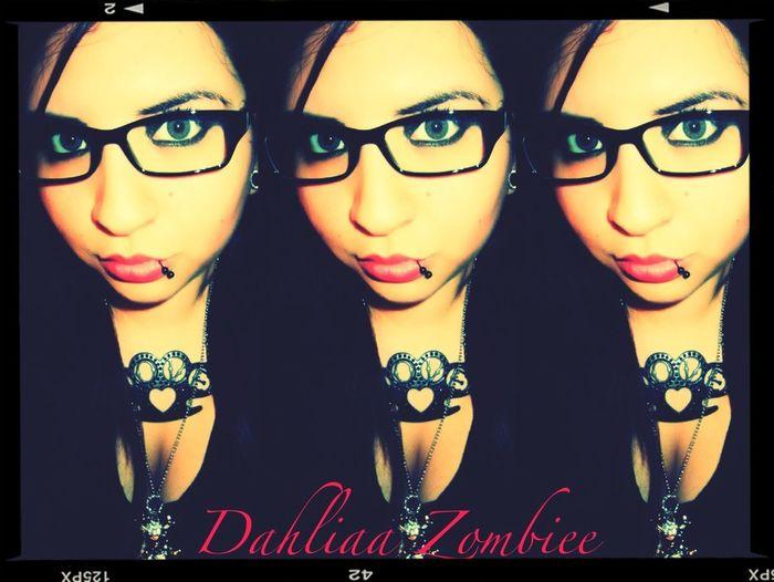 Dahliaazombiee