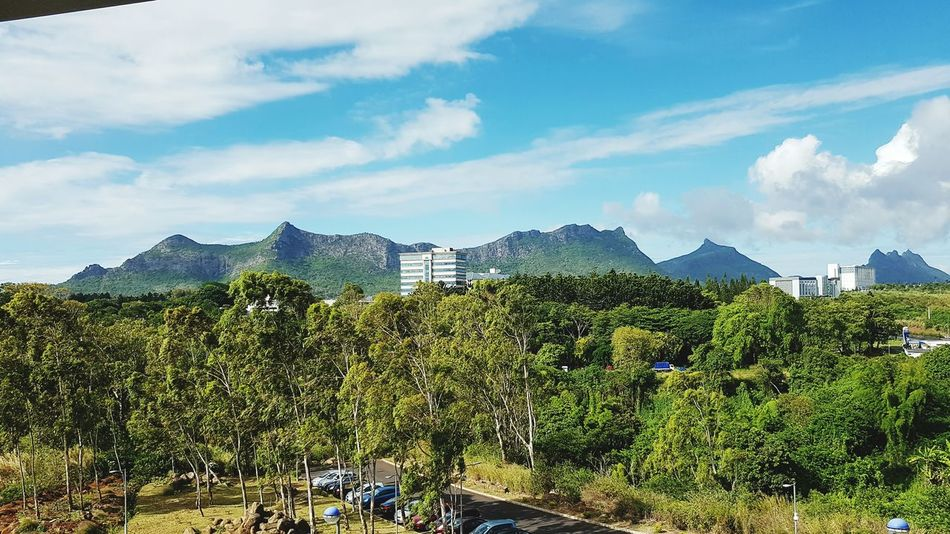 Mountain Mountain Range Environmental Conservation Landscape Scenics Beauty In Nature Environment Nature Urban Skyline City Landscape Adapted To The City Adapted To The City The Architect - 2017 EyeEm Awards The Great Outdoors - 2017 EyeEm Awards