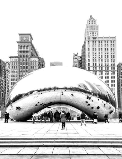 black & white 🔘🔲🔘🔲🔘 bean ☑️ Chicago Millenium Park City EyeEm Gallery EyeEm Best Shots Walking Windycity Chilly People Buildings & Sky Architecture_collection Famous Place Street Art Streetphotography Art Architecture Building Exterior Built Structure Sky City Building Nature