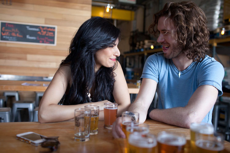 Couple on a date at a beer tasting