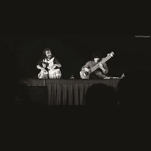 || jugalbandhi || Nighttime Blackandwhite Suratcity _soi City Surat Surat_ig LastDay Tapiutsav Tapiutsav2016 Niladri_kumar Nildarikumar Fusionmusicgroup