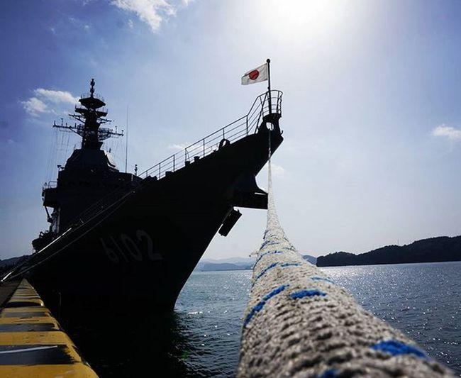 きのう日南に行ったらたまたま海上自衛隊の船の一般公開があってました🚢 ものすごくでかくて船員のみなさんがかっこよかった😲😲 油津で食べたマグロ丼美味しかった(^^♪ 週末ドライブ 謝恩会のビデオようやく完成 補給船 あすか Japan Miyazaki Nichinan Ship Jsd Cool Sunday Pic Instagood F4F Team_jp_ 宮崎 日南 船 港 海上自衛隊 迫力やばい 青空 二次試験もうすぐ ファインダー越しの私の世界 写真撮ってる人と繋がりたい 写真好きな人と繋がりたい 奥行き同盟