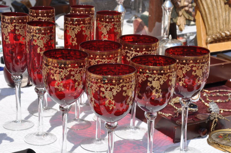 Glasses on an antique flea market Antique Bazaar Retro Second Hand Close-up Crystal Decoration Drink Drinking Glass Flea Market Glass Glass - Material Glassware Old Red Souvenir Vintage