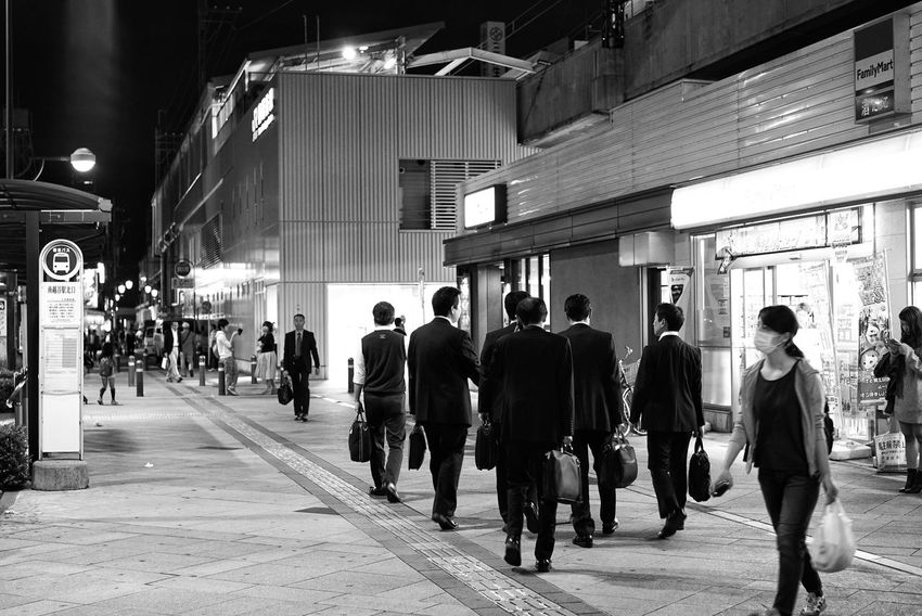 Japan Photos Bnw Bnw_life Men Women City Life Walking City People Adult Large Group Of People Black And White Blackandwhite Streetphotography Night Adults Only Real People Crowd Outdoors Streamzoofamily Friends Streamzoofamily The Street Photographer - 2017 EyeEm Awards