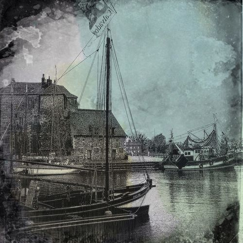 At Port D'Honfleur