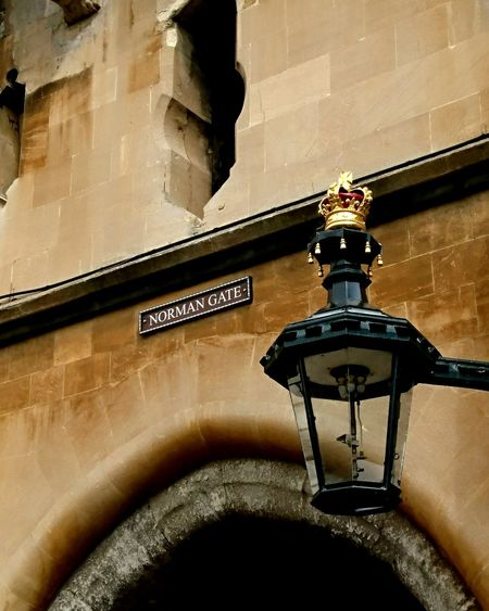 Windsor Castle Lamp Royalty Gold History Traveling