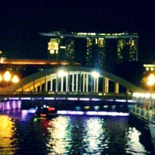 Night river-walk Singaporeriverwalk Reflections Boatride