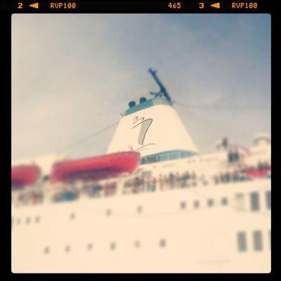 She's here!! :D LogosHope Happy Ship Icecream