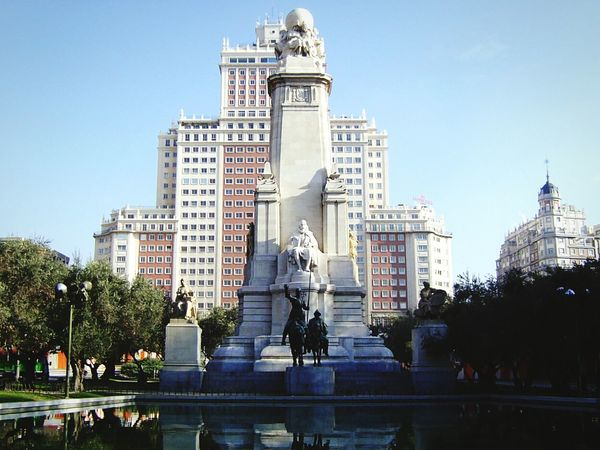 SPAIN Madrid Spain Historical Building Artistic Starting A Trip Statue Urban Geometry Europe Trip Street Photography Architecture Taking Photos Cityscapes Architecture_collection Water Reflections