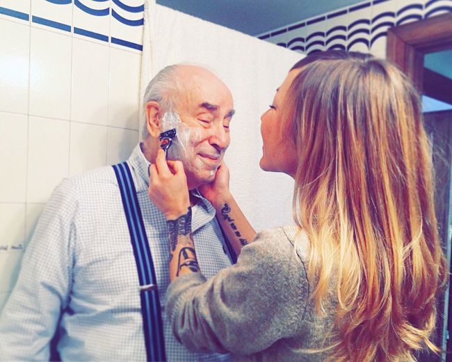 My father, my hero ❤😍🤗 Family Father And Daughter Two People Happiness Love Handsome HERO The Best Bestoftheday People Who Inspire Me  Indoors  Intimate Time Time To You Lifestyles Sweet Dad Shave Toilet Coquette Tenderness