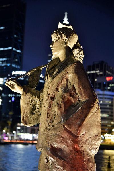 Tonight's episode Statue Night Human Representation Illuminated Sculpture Sky Cityscape City Taking Photos Enjoying Life Relaxing