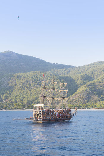 Seascape Black Pearl Sailer Jack Sparrow Boat Trip Adventure Drilling Rig Water Tree Sea Nautical Vessel Sky Ship Hiker Parasailing Passenger Ship