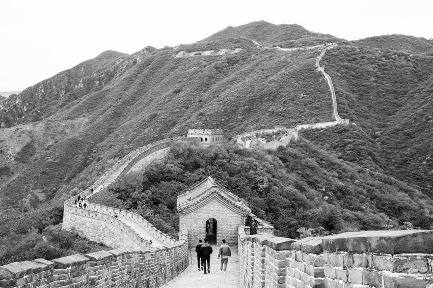 Hanging out on the Wall Beijing Connected By Travel Great Wall Of China Ancient Architecture Bw Bw_collection History Scenics Travel Destinations