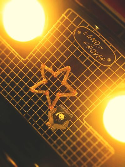 クリスマスシーズンなので、ベツレヘムの星をつけてみました🎄 The Star Of Bethlehem Hello World British Cars Lover British Car Landroverphotos Landrover  LAND ROVER SERIES 2 Land Rover Land Vehicle Grille Badge Panda Headlights Headlight Grille Made Of Wood Star Bethlehem Christmas Season Christmas Decoration Close-up