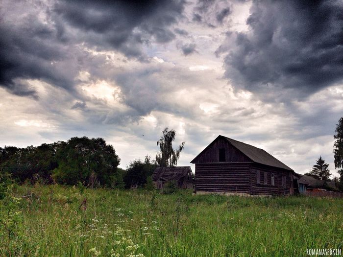 IPhoneography Photography Streetphotography Russia EyeEmRussianTeam House Sky Clouds And Sky Romanasedkin Россия