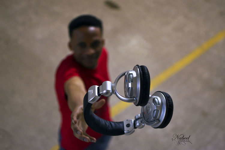 Dj Headphones Music Art Deejay Effort Focus On Foreground Holding Indoors  Lifestyles Looking At Camera Men One Person Portrait Real People Standing Young Adult My Best Photo