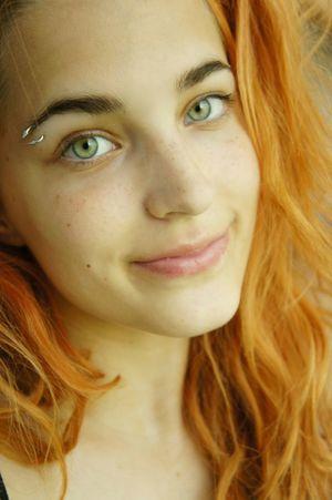 Ginger Smile Piercing Wrinkles Green Eyes Gingers EyebrowPiercing Portrait Face NoEffects