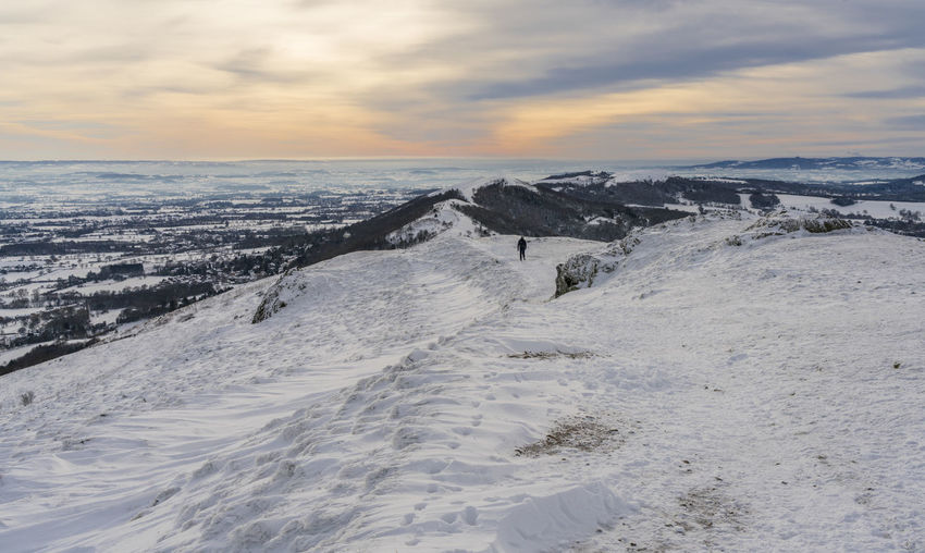 Scenes from Malvern after the early December 2017 snowfall. Britain Malvern Hills Snow ❄ Wintertime Beauty In Nature Cloud - Sky Cold Temperature Day Horizon Over Water Nature No People Outdoors Scenics Sea Sky Snowfall Sunset Tranquil Scene Tranquility Uk Water Worcestershire
