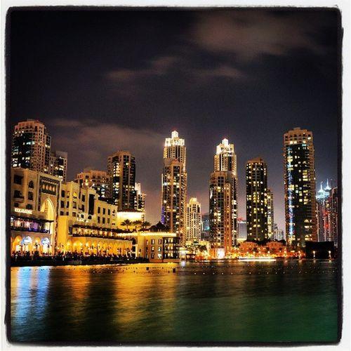 Burj Khalifa, Dubai Igersdubai Igersarchitecture Igersbuilding Igerstravelling impresionante nex5r