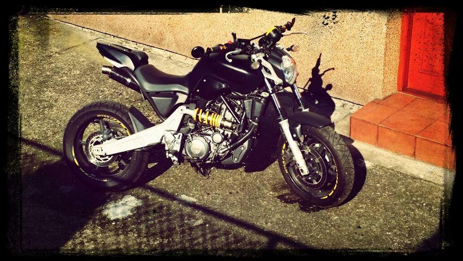 Motorcycle Mt03