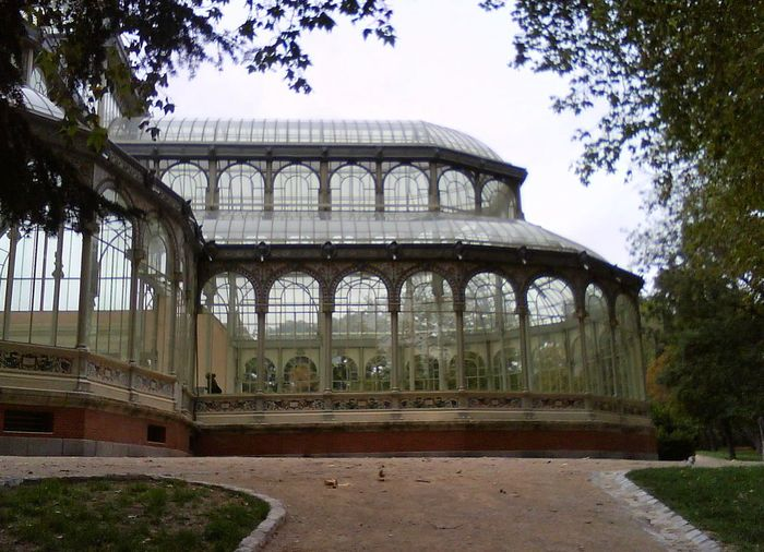 History Travel Destinations Architecture Tree Built Structure No People Madrid Spain Madrid El Palacio De Cristal Del Retiro El Retiro, Madrid Spain ✈️🇪🇸 Spain, Madrid, Tourism, Tourist, Buildings Street Photography Beauty In Nature Nature