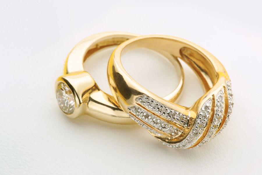 Diamond rings close up Generic diamond jewelry Wedding Close Up Diamond Diamond Rings Engagement Ring Jewellery Jewelry No People Nobody Rings Wedding Ring
