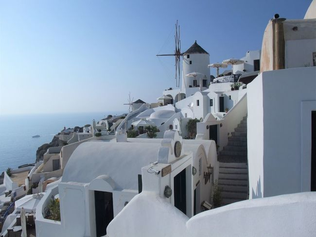 Architecture Day Greeen Harbor No People Outdoors Oya Place Of Worship Santoriniù Sea Sky Travel Destinations Whitewashed