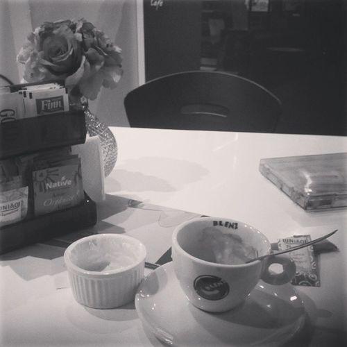 Fim de tarde tomando um cafezinho ^^