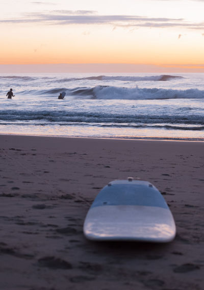 Beach Beauty In Nature Day Horizon Over Water Nature No People Outdoors Sand Scenics Sea Shore Sky Sunset Surfboard Surferphotos Surfers Tranquil Scene Tranquility Water Wave