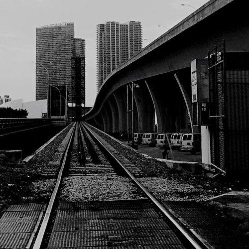 Miami, FL Negative Space Beauty Of Decay Shootermag Streetphoto_bw Black And White EyeEm Best Shots OpenEdit Urban Geometry Eyem Best Shots
