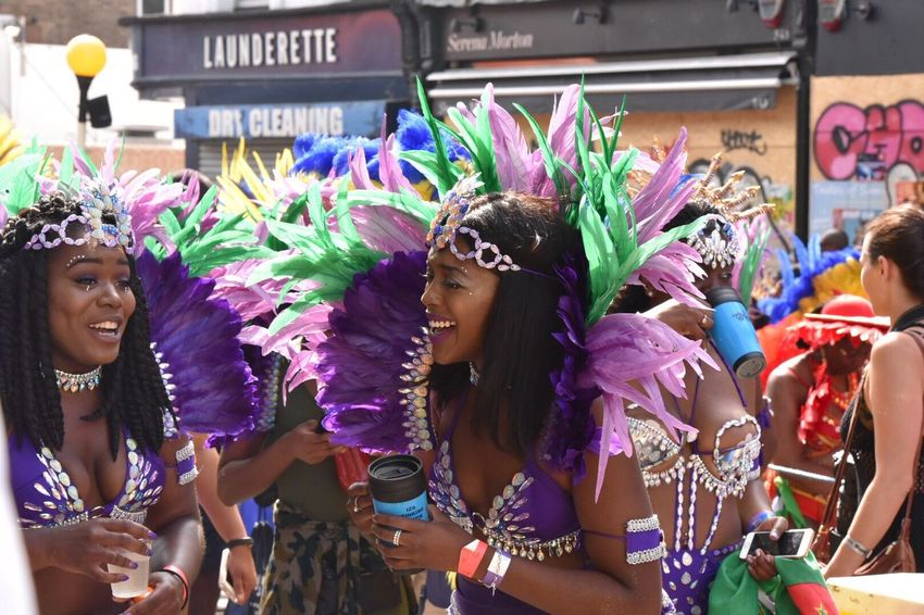 Two Is Better Than One Streetdance Carnival Spirit 2016 Carnival Dancer Happy Notting Hill Carnival Nottinghillcarnival2016 Nottinghill Carnival Feathers Carnival Spirit Carnival Notting Hill Parade