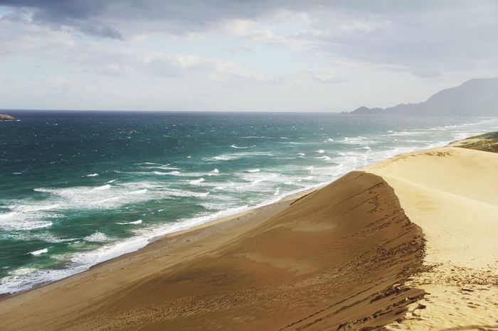鳥取砂丘 鳥取県 日本 Japan Travel Sea Beach Horizon Over Water Water Sand Scenics Beauty In Nature Shore Sky Tranquility Nature Tranquil Scene No People Outdoors Day
