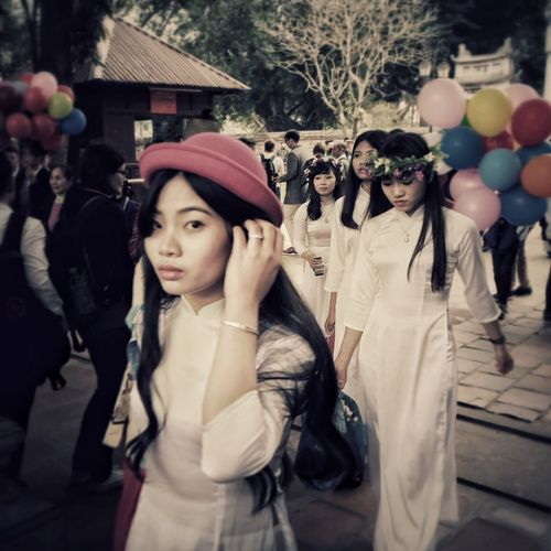 Traveling Vietnamese Travel Travel Photography Taking Photos Lifestyles Vietnam Portrait Youth Whats Yes Looking At Camera Hi! Relaxing Enjoying Life Reportage IPhoneography Snapseed Travelling Iphonephotography Giampaolomajonchi.it