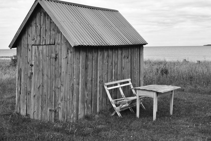 Black And White Collection  Monochrome Blackandwhite Photography Black & White Blackandwhite Black And White Wooden Wall Wooden Rust Rustic Showcase April Furniture Ideas Old-fashioned Showcase: April Chair Chairs Old Summer Funiture Garden Funitures Gotland Sweden Chairs And Tables Cottage Cottage Life