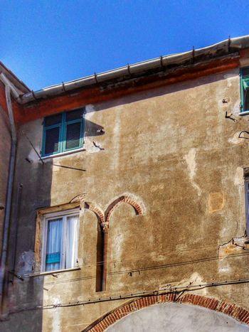 """Facciata - dettagli originali"". Houses Old House Villa/original Architectural Elements / Walking Around in My Neighborhood / HDR mode / Cropped Eyeemfilter F3 / Genova Italy"