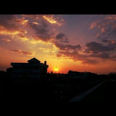 Sunset_lovers Sunset_madness Sunset_rv Sunset_specialist ig_sunsetshots igworldsunset sunset_united all_sunset instamakassar instamakassar_member instanusantara instanusantarasulawesi instalike instagood instadaily instamania