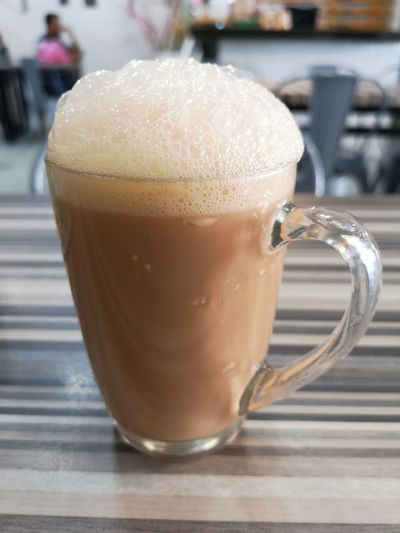 Breakfast.. Malaysian Style Teh Tarik (Malaysian Pull Tea) Breakfast Yummy Mocha Frothy Drink Drink Latte Cappuccino Drinking Glass Cafe Froth Art Coffee - Drink Table Non-alcoholic Beverage