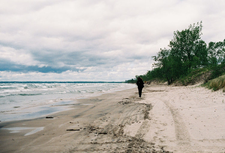 35mm 35mm Film Analogue Photography Film Lake Ontario Prince Edward County Agfavista400 Analog Beach Beauty In Nature Canada Cloud - Sky Full Length Horizon Over Water Land Leisure Activity Lifestyles Men Nature One Person Outdoors Real People Rear View Sand Scenics - Nature Sea Sky Water