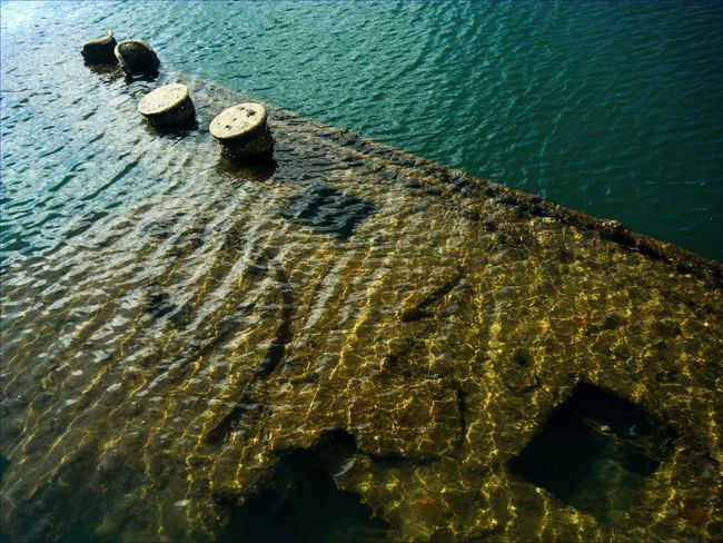 USS ARIZONA Monuments Memorial Pearl Harbor