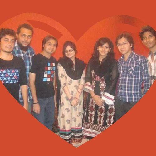 - People who live in my heart !! Heart Aheart Pakistanifebphotochallenge Friends
