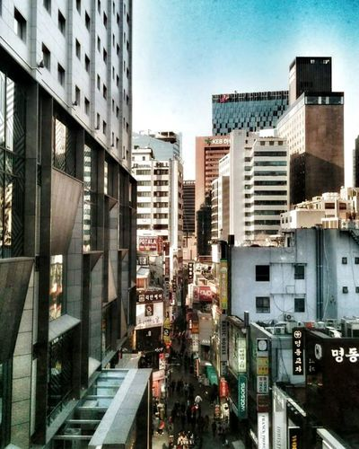 City Life Cityscapes City View  Metropolis Seoul Korea Koreanstyle Urbanphotography Urban Geometry Amazing Place Check This Out Enjoying Life Exploring Travel Photography Travelling TrueHappiness