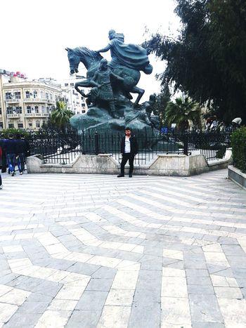 تمثال صلاح الدين - دمشق - شارع الثوره